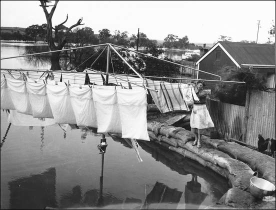 washing out mannum 1956
